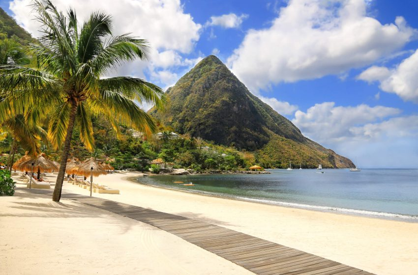 The Best Caribbean Islands to Visit & Why